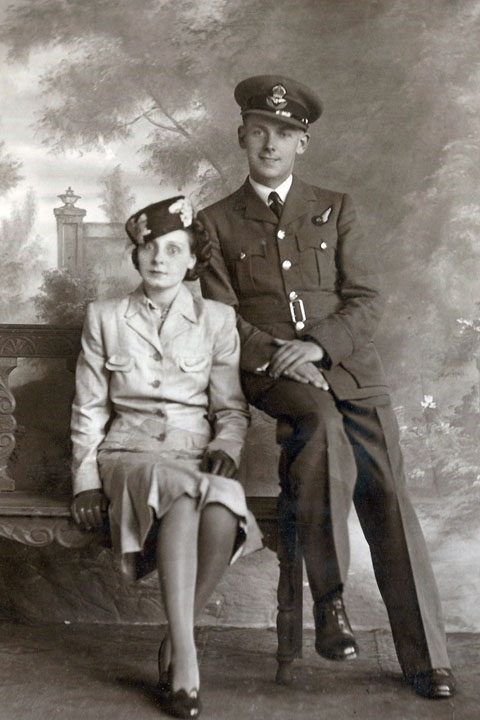 F/Lt Raymond Keen and wife Irene